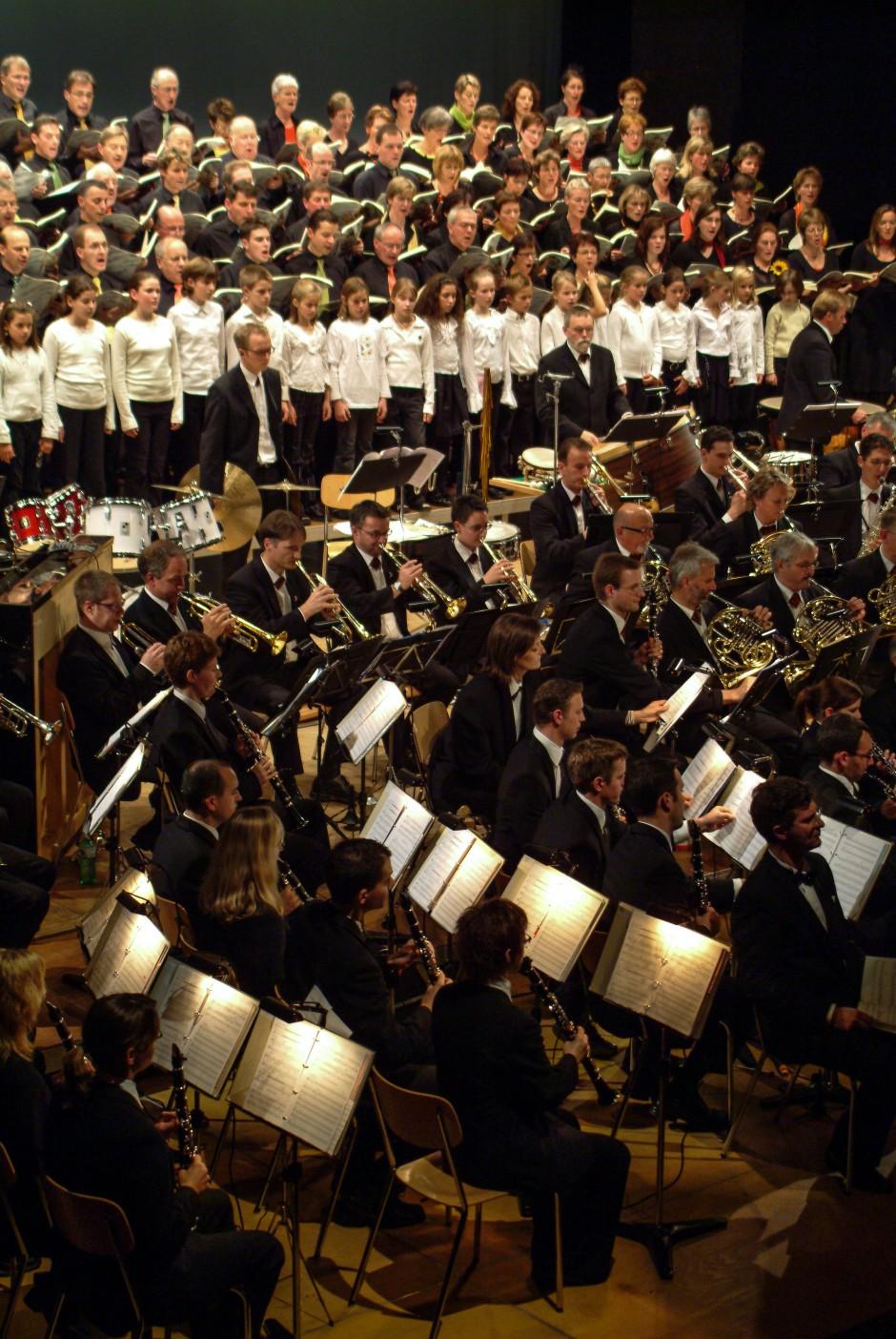Blasorchester Feldmusik Neuenkirch mit Chor