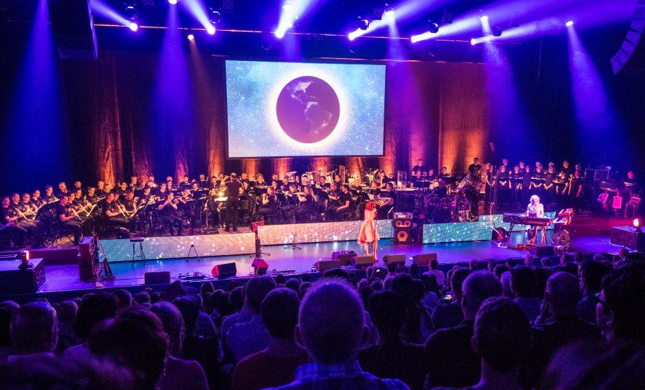 Irrwisch und das Blasorchester Feldmusik Neuenkirch im Luzerner Saal des KKL Luzern. Foto: Thomas Moor.